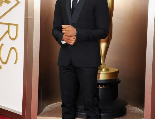 Michael-B.-Jordan-86TH-ACADEMY-AWARDS-MICHAEL-B.-JORDAN-AT-THE-86TH-ACADEMY-AWARDS-Givenchy-Richelieu-Metal-Plate-Bucke-Lace-Up-Shoe_476193831-1