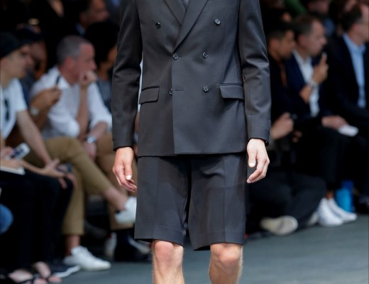 Givenchy-Spring-Summer-2015-Menswear-Collection-SS15-Men-00010h_20140627221952