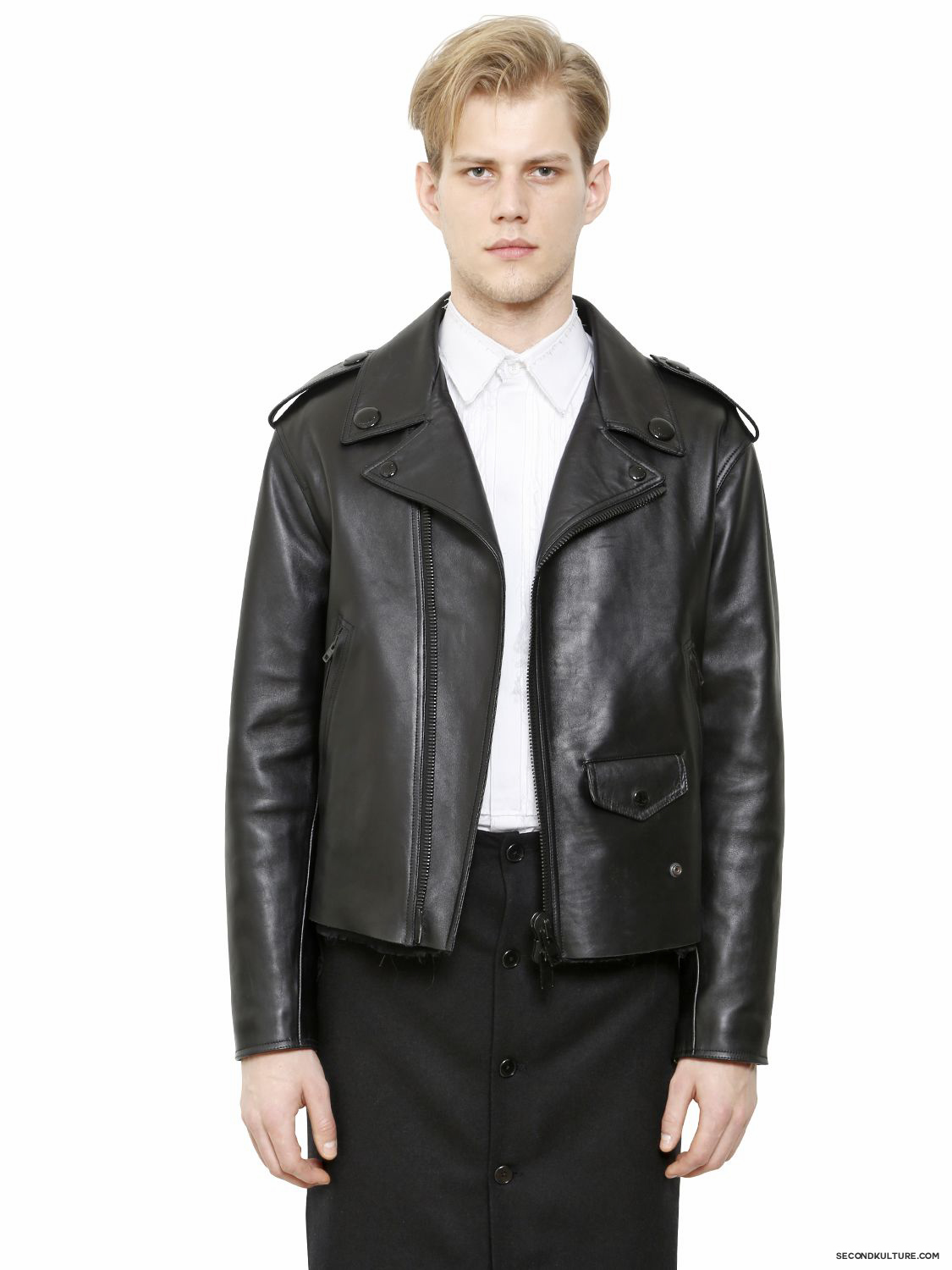 Givenchy-Black-Leather-Biker-Jacket-Fall-Winter-2015-1