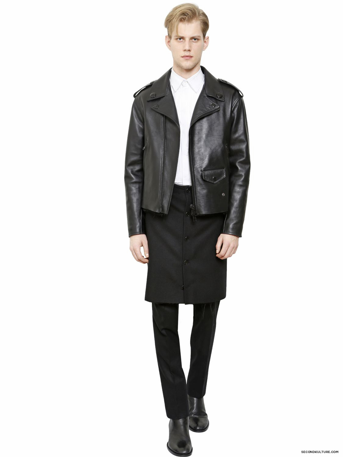 Givenchy-Black-Leather-Biker-Jacket-Fall-Winter-2015-2