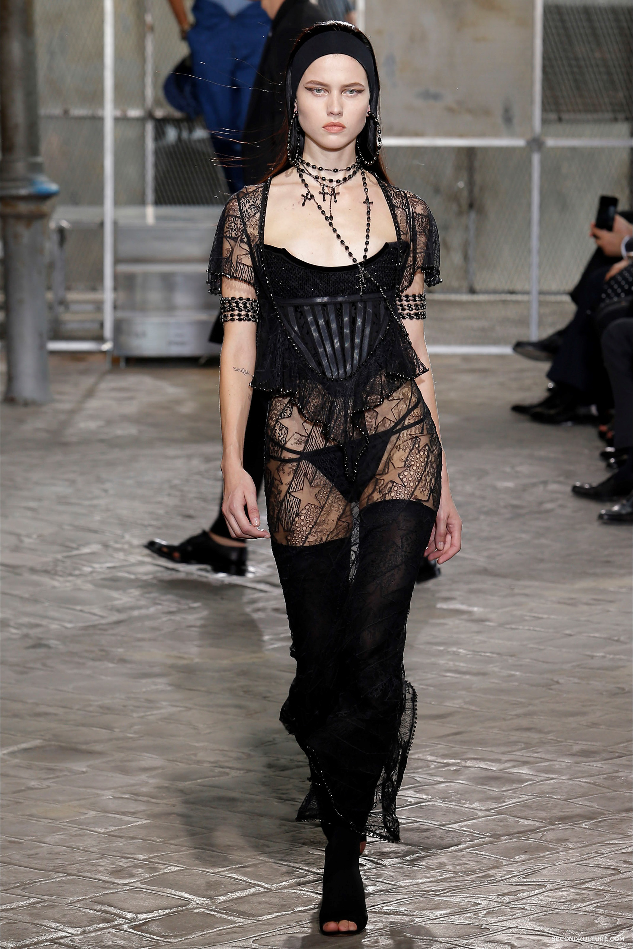 Givenchy Spring Summer 2016 Menswear Jesus Religion Chain Runway Show Look 16