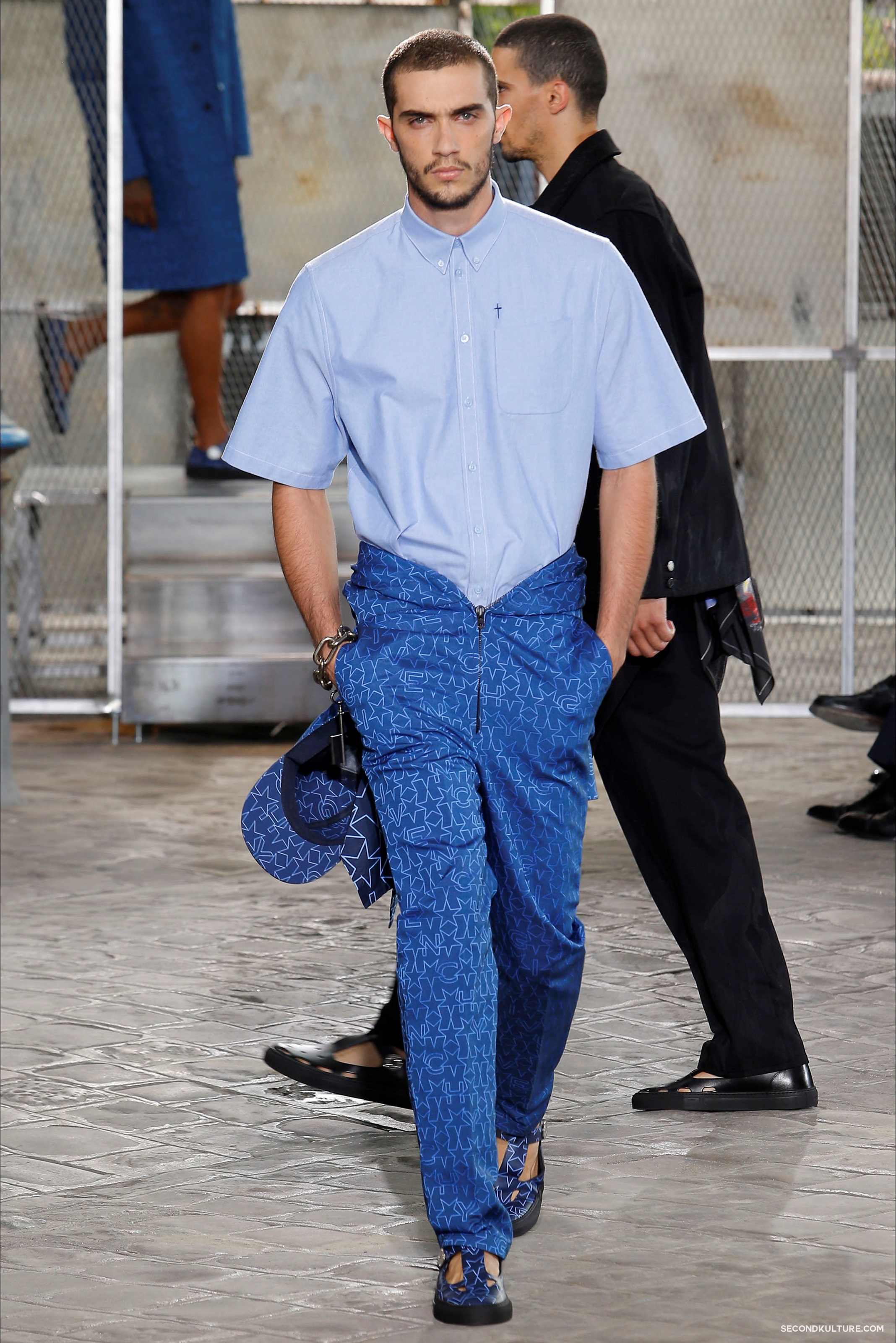 Givenchy Spring Summer 2016 Menswear Jesus Religion Chain Runway Show Look 17