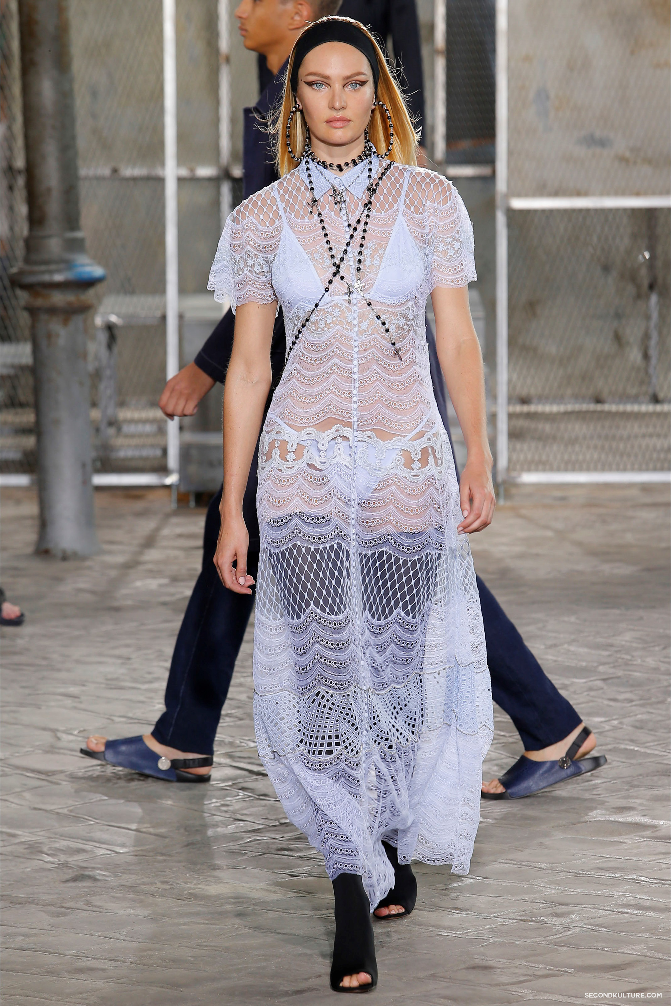 Givenchy Spring Summer 2016 Menswear Jesus Religion Chain Runway Show Look 36