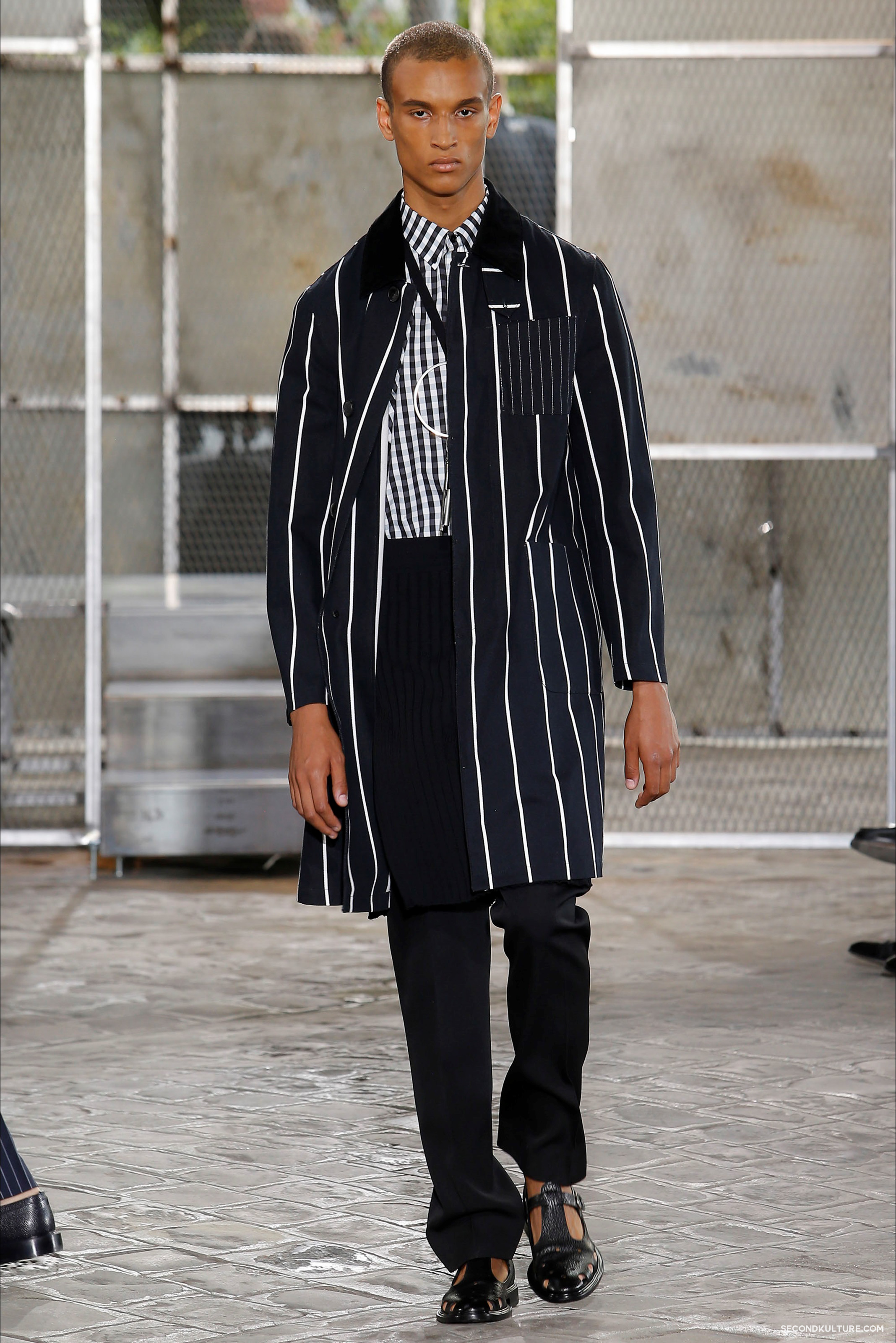Givenchy Spring Summer 2016 Menswear Jesus Religion Chain Runway Show Look 39