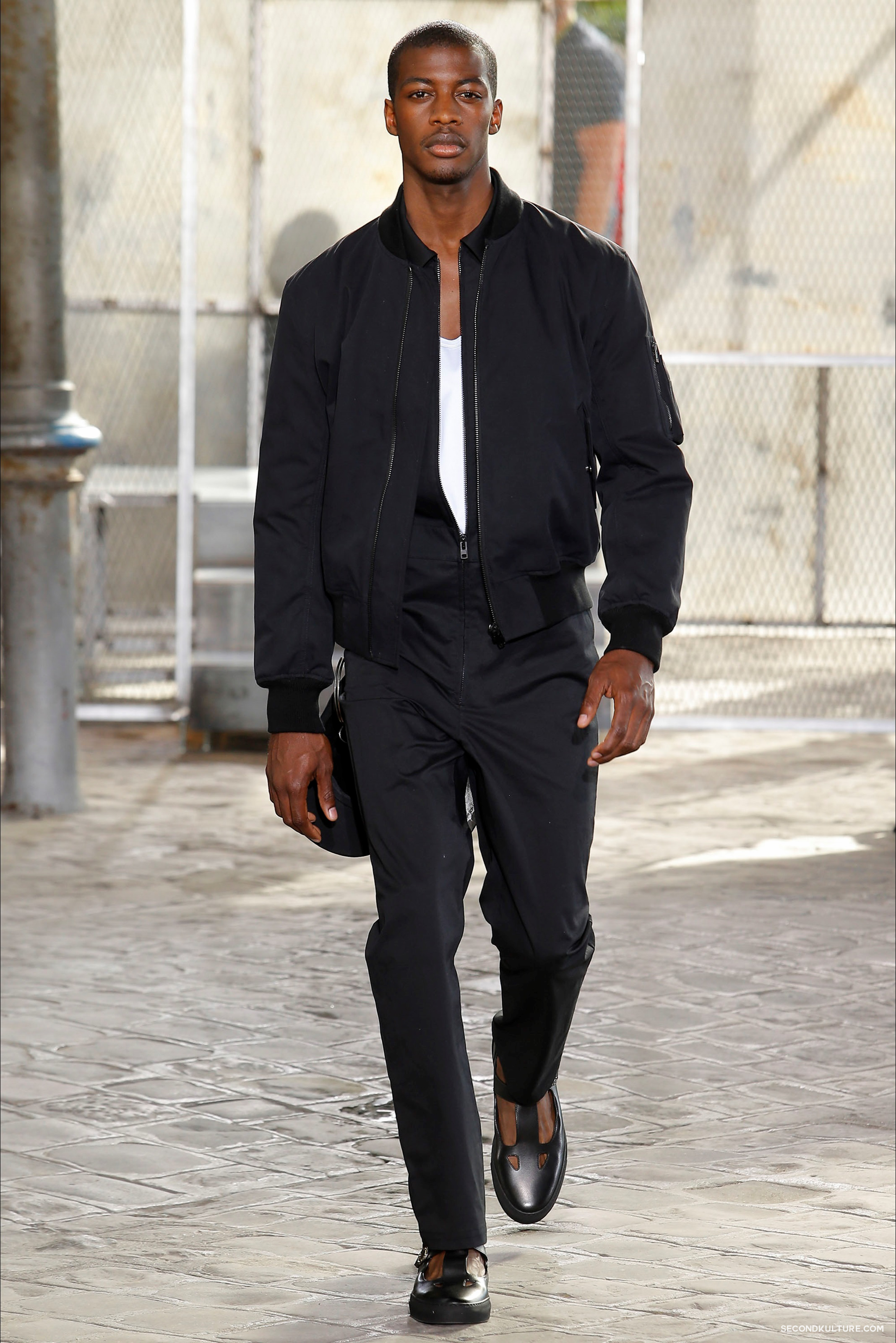 Givenchy Spring Summer 2016 Menswear Jesus Religion Chain Runway Show Look 4