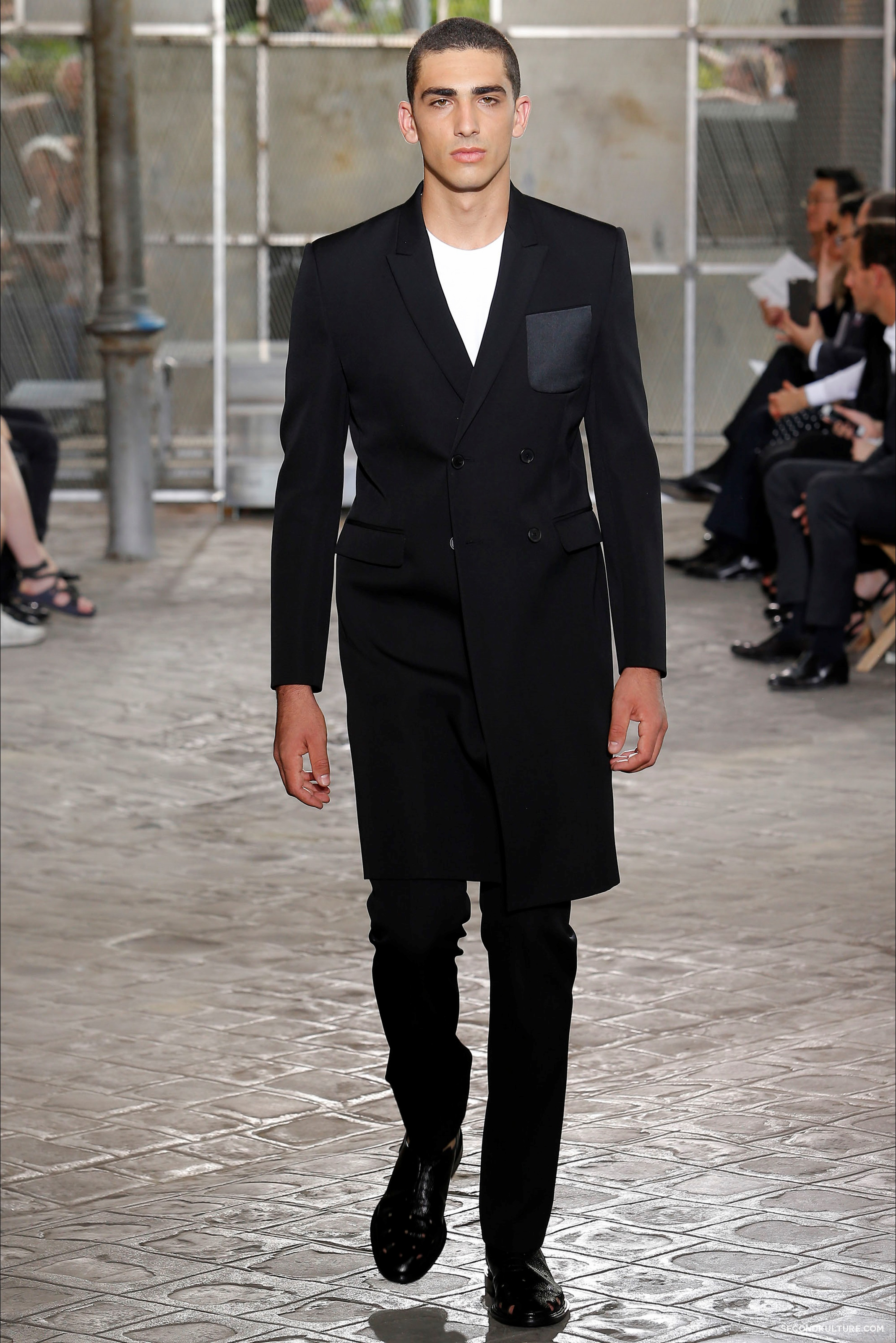Givenchy Spring Summer 2016 Menswear Jesus Religion Chain Runway Show Look 52