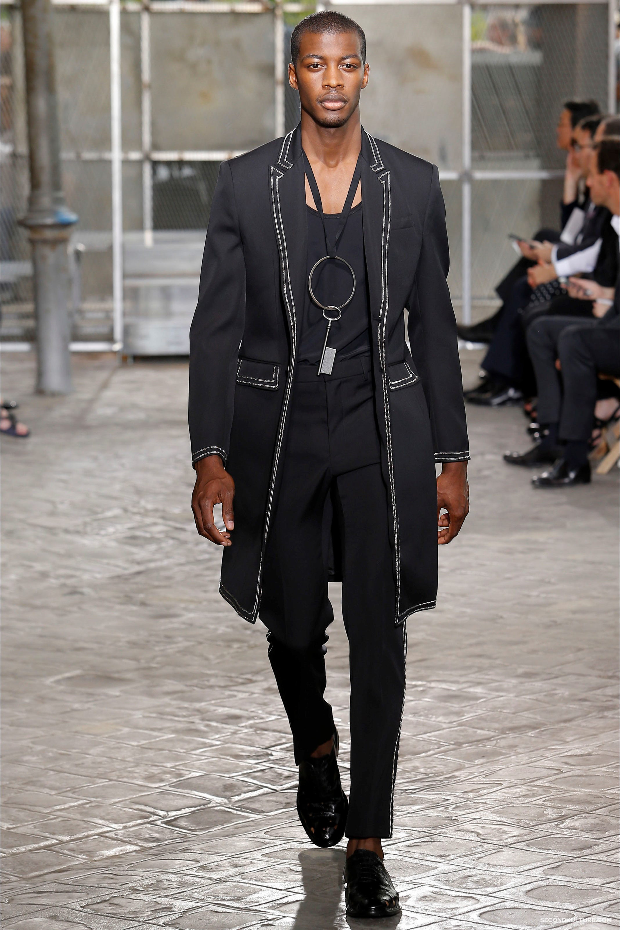 Givenchy Spring Summer 2016 Menswear Jesus Religion Chain Runway Show Look 59