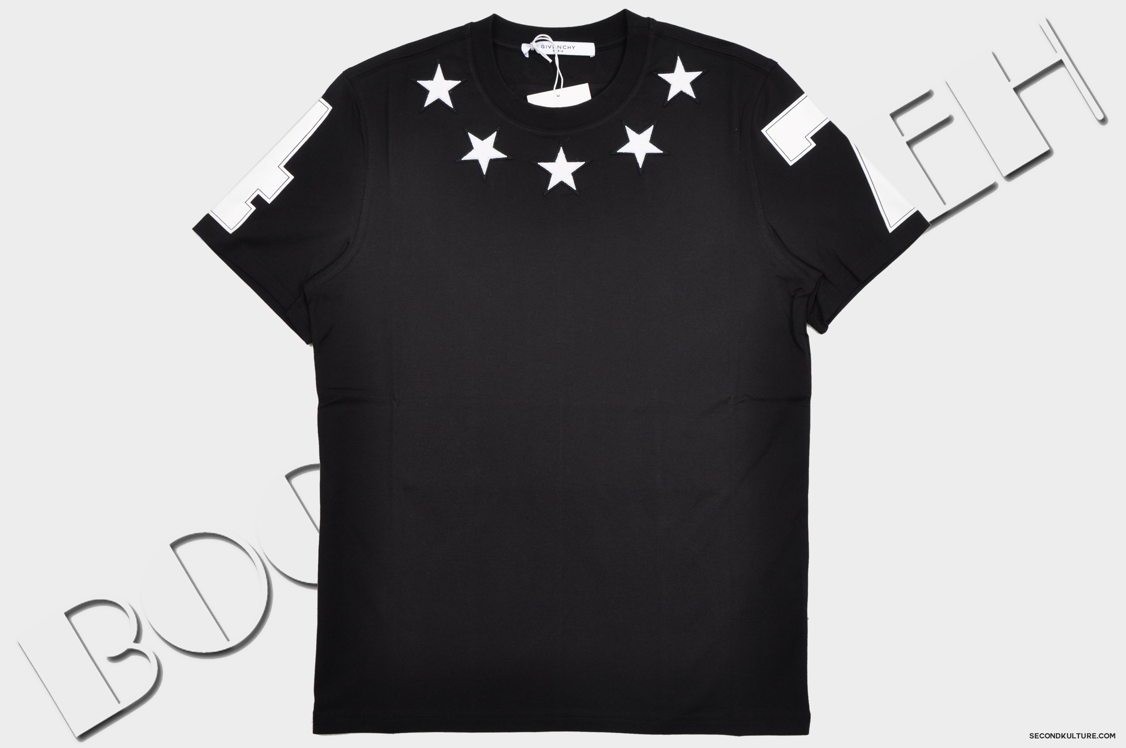 Givenchy-Black-Stars-Neckline-Embroidery-Cuban-Fit-T-Shirt-Pre-Fall-2015-15F7200651