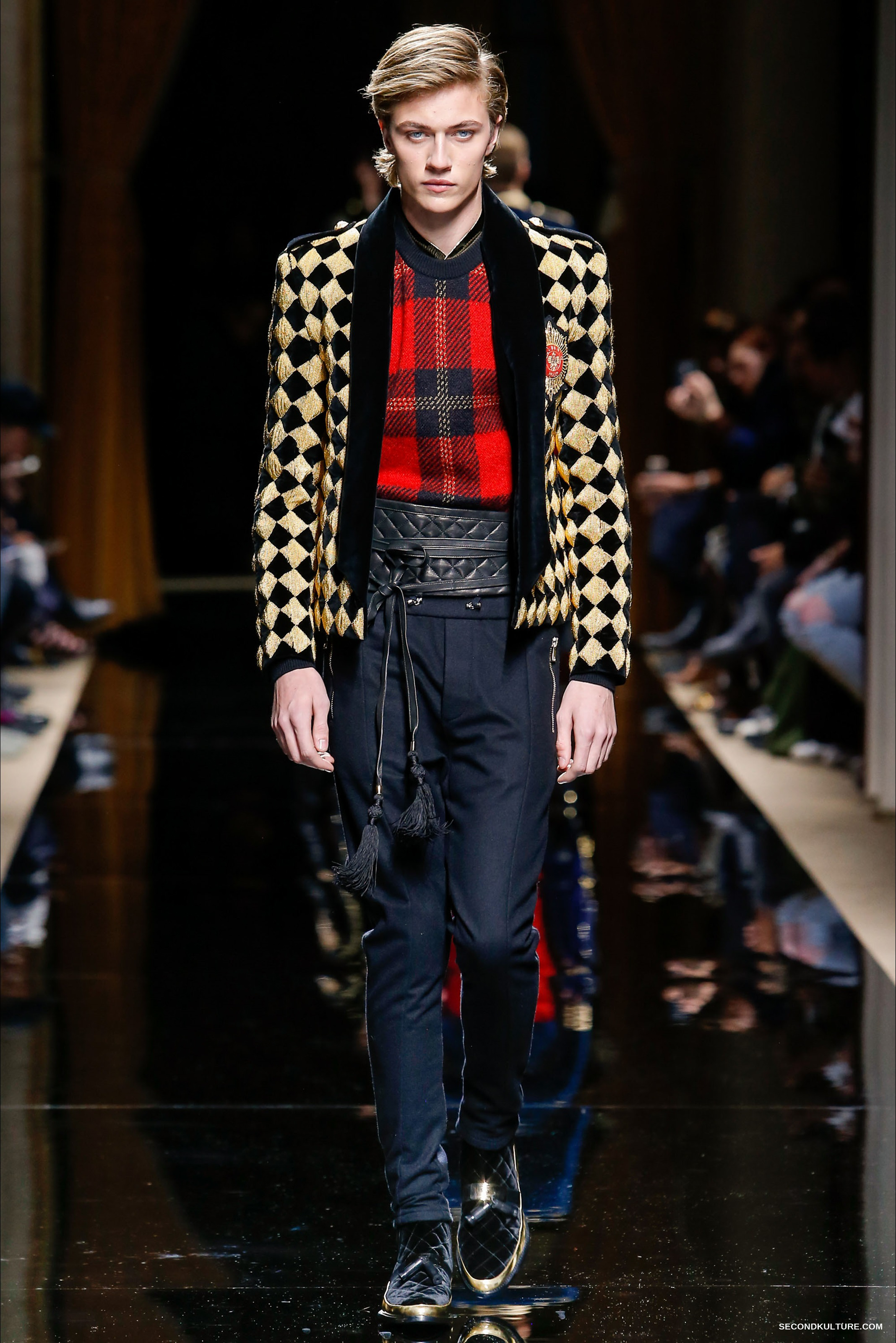 Balmain-Fall-Winter-2016-2017-Menswear-23