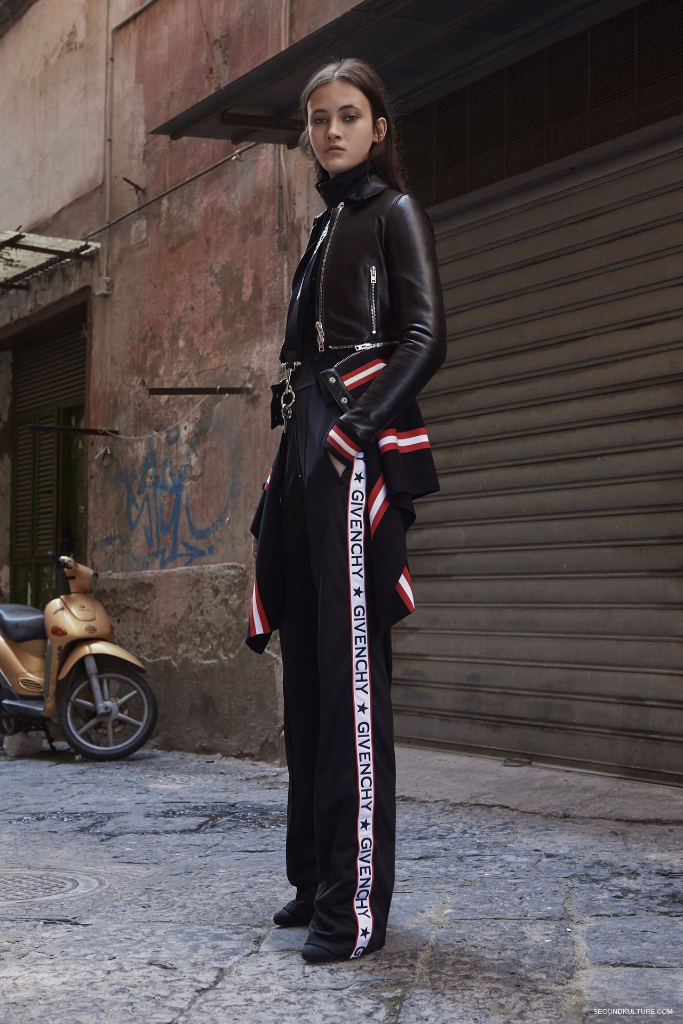 Givenchy Pre-Spring 2017 Womenswear - Look 13