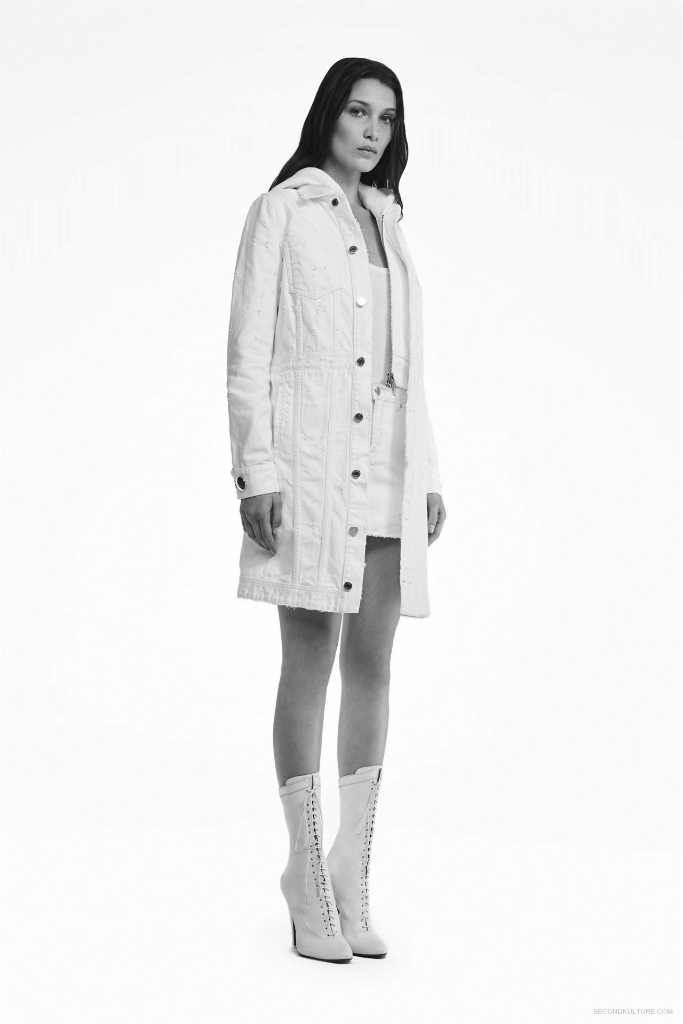 Givenchy Pre-Spring 2017 Womenswear - Look 25