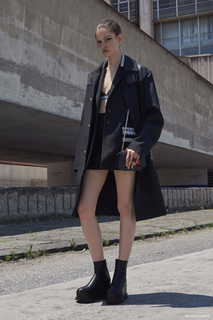 Givenchy Pre-Spring 2017 Womenswear - Look 5